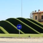 erba sintetica per arredo urbano