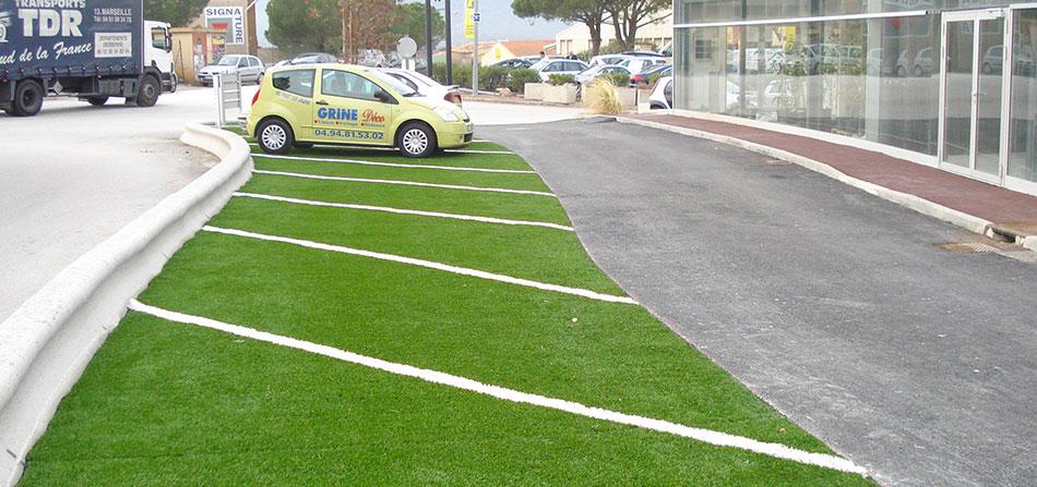 rotoli erba sintetica per arredo urbano