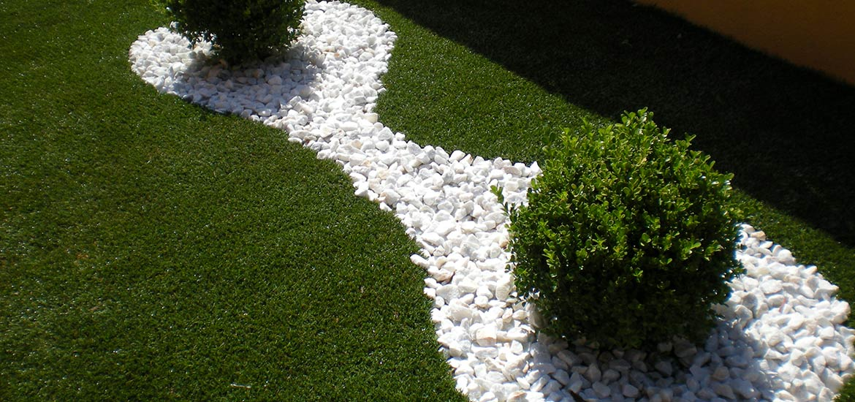 Emejing erba sintetica per terrazzi prezzi images idee - Erba nana per giardino ...