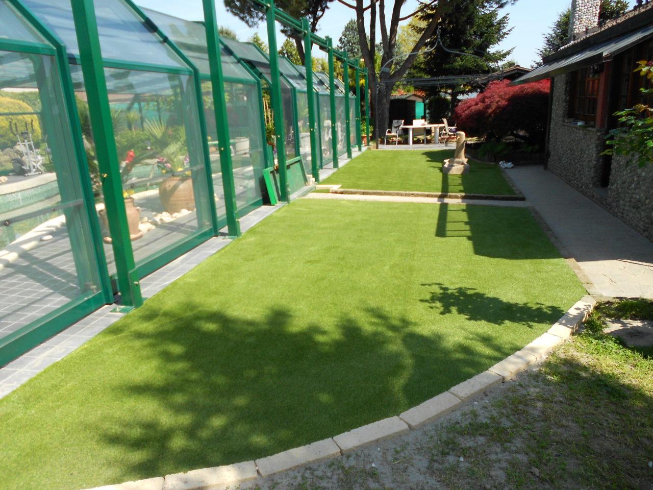Niente ansia con l erba sintetica per giardini terrazze - Erba artificiale per giardini ...