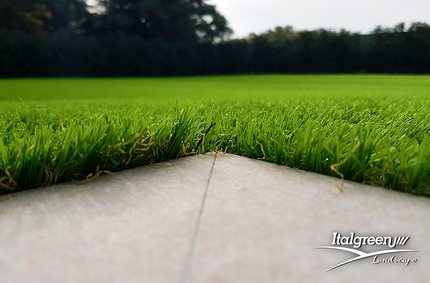 Giardino del mese erba sintetica