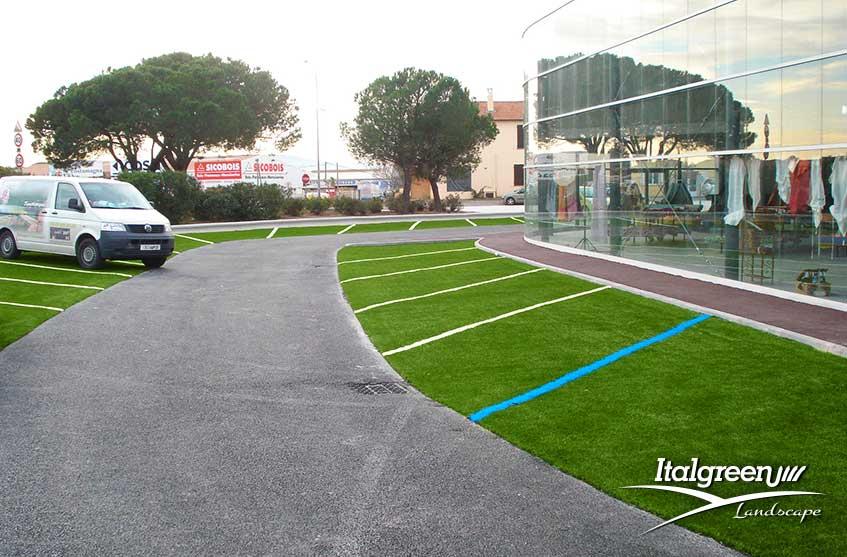 Parcheggio con erba sintetica - Vence - Francia - Italgreen Landscape