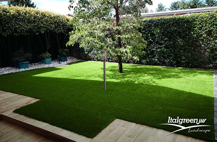 giardino del mese erba-sintetica-per-inverno